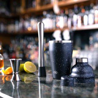 bartenders-mixology-kit-507599-1