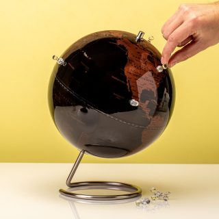 products-antieke-magnetische-globe-1